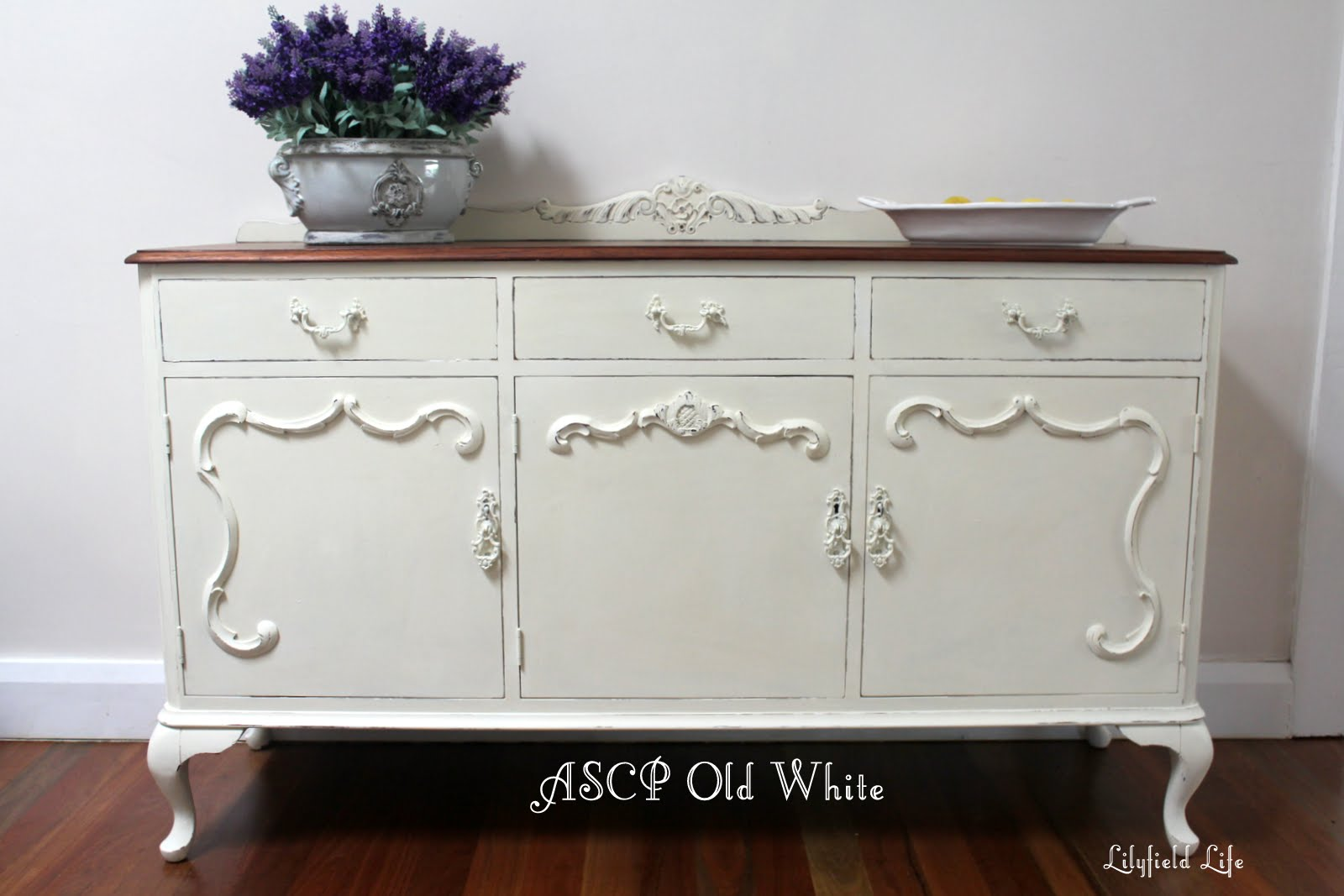 Lilyfield Life Ascp Old White Annie Sloan Chalk Paint