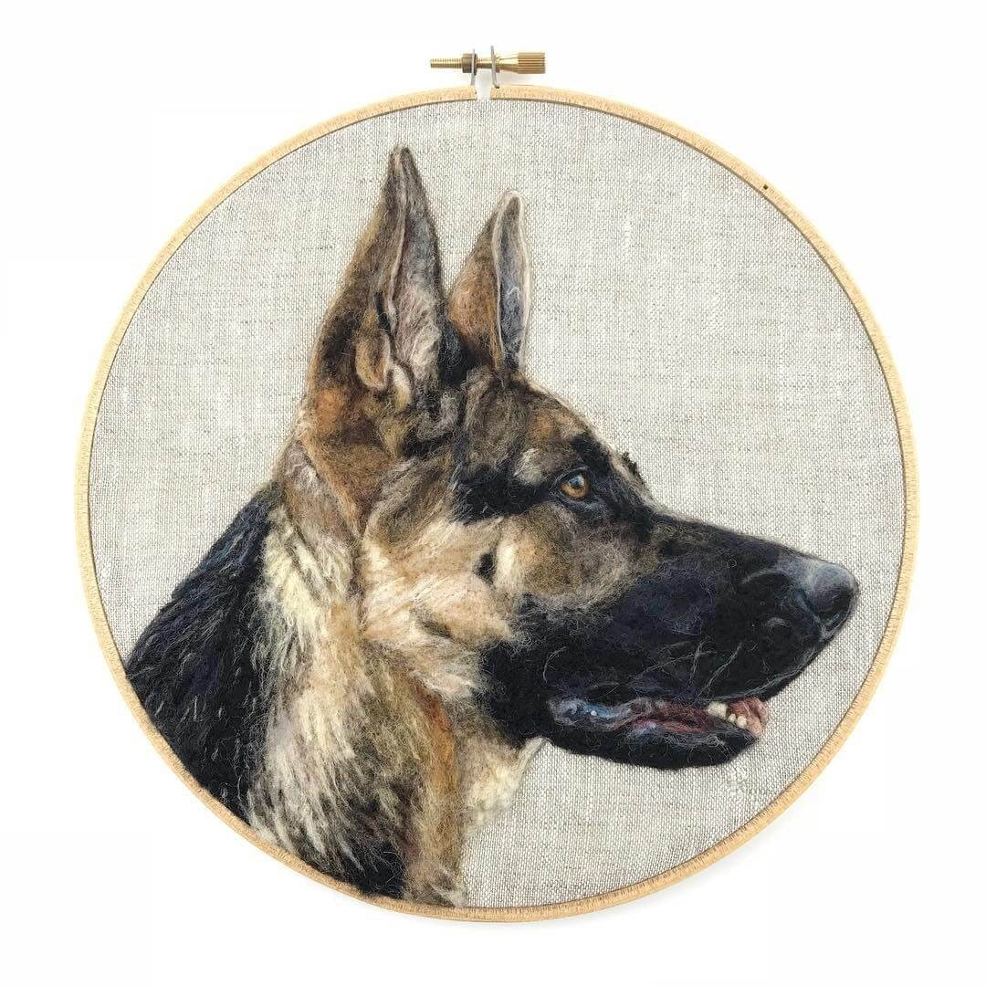 01-German-Shepherd-WIP-Dani-Ives-Needle-felting-Wool-and-Needle-Animal-Portraits-www-designstack-co