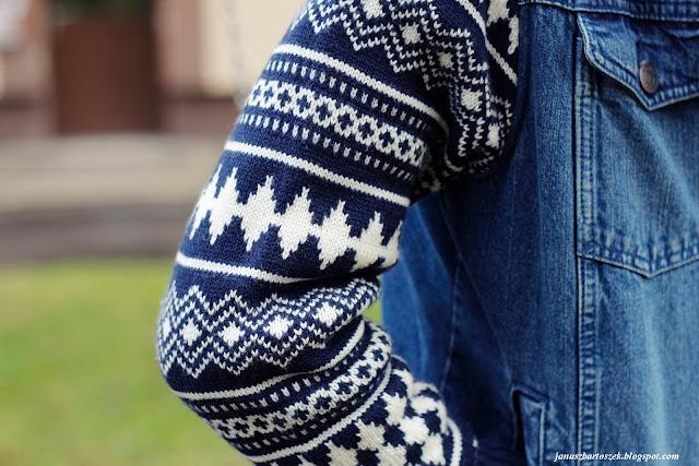 kurtka jeansowa z dzianinowymi rękawami