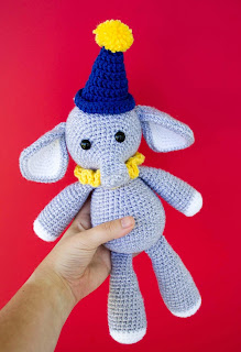 https://3.bp.blogspot.com/--4GuxkVhuUk/WzgFInNXRUI/AAAAAAAAWnc/_VmGebMxwvwPEy5wNY5liXpB0Ui9nEnfwCLcBGAs/s320/Elliot-the-Free-Crochet-Elephant-Pattern-1170x1713.jpg