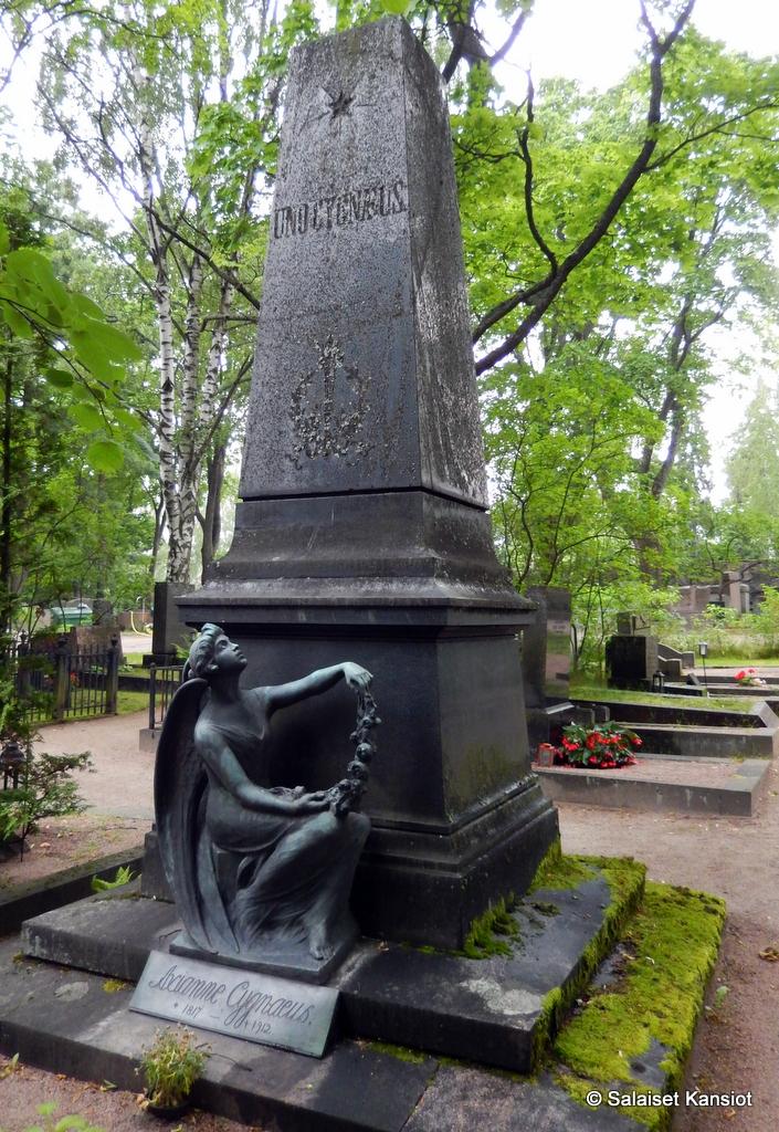 Mökkiloki: Hietaniemen hautausmaa