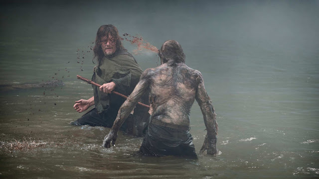 Daryl Dixon (Norman Reedus) nell'episodio 6