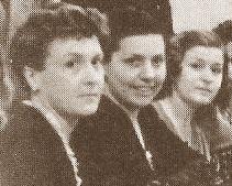 Las ajedrecistas Joana de Abras, Montserrat Asencio y Mª Victòria Guinart