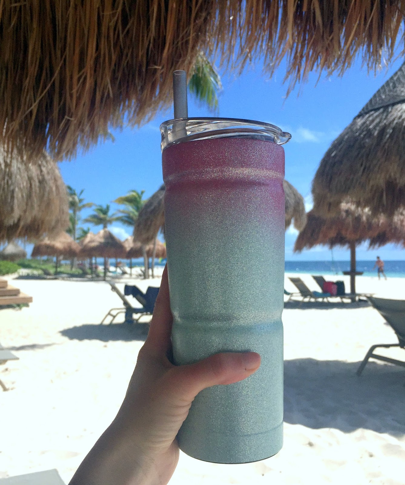 How to Make Your Own Glitter Yeti Cup | <datFeata:blog title