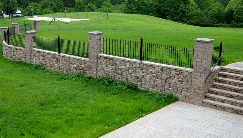 AB Courtyard Walls Can Be Built On Uneven Ground But Are More Often Built  On Top Of A Level Surface Like A Concrete Slab Or Paver Patio.