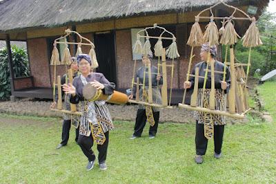 Budaya seni kampung sindangbarang