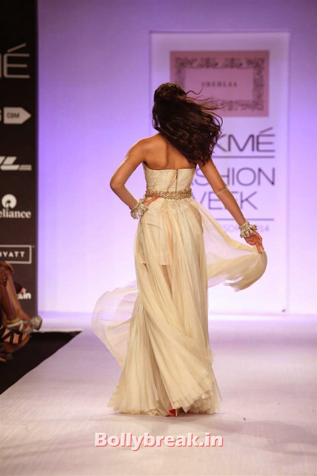 , Nargis Fakhri sizzle in White Gown at Lakme Fashion Week (LFW) 2014