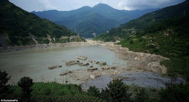 Bandar Yang Tenggelam Selepas Kejadian Gempa Bumi 5 Tahun Lalu Muncul Semula Di China