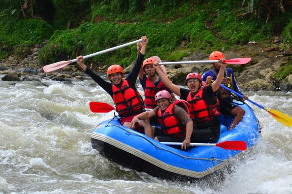 Paket Rafting Serayu – Paket The Pikas ( 10 km / 2,5 jam )