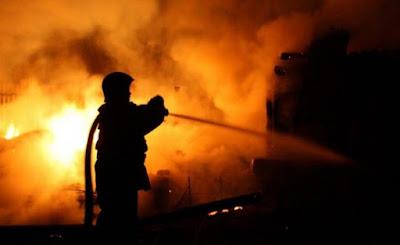 В Донецькій області сталася пожежа на шахті, 6 працівників опинились в пастці