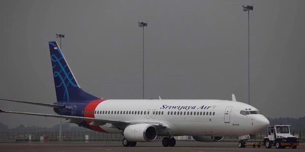 Agustus 2012 ~ Gambar Pesawat Terbang Indonesia Pertama ...