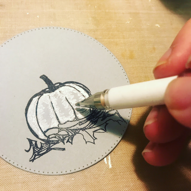 coloring_stamped_pumpkin_gel_pen