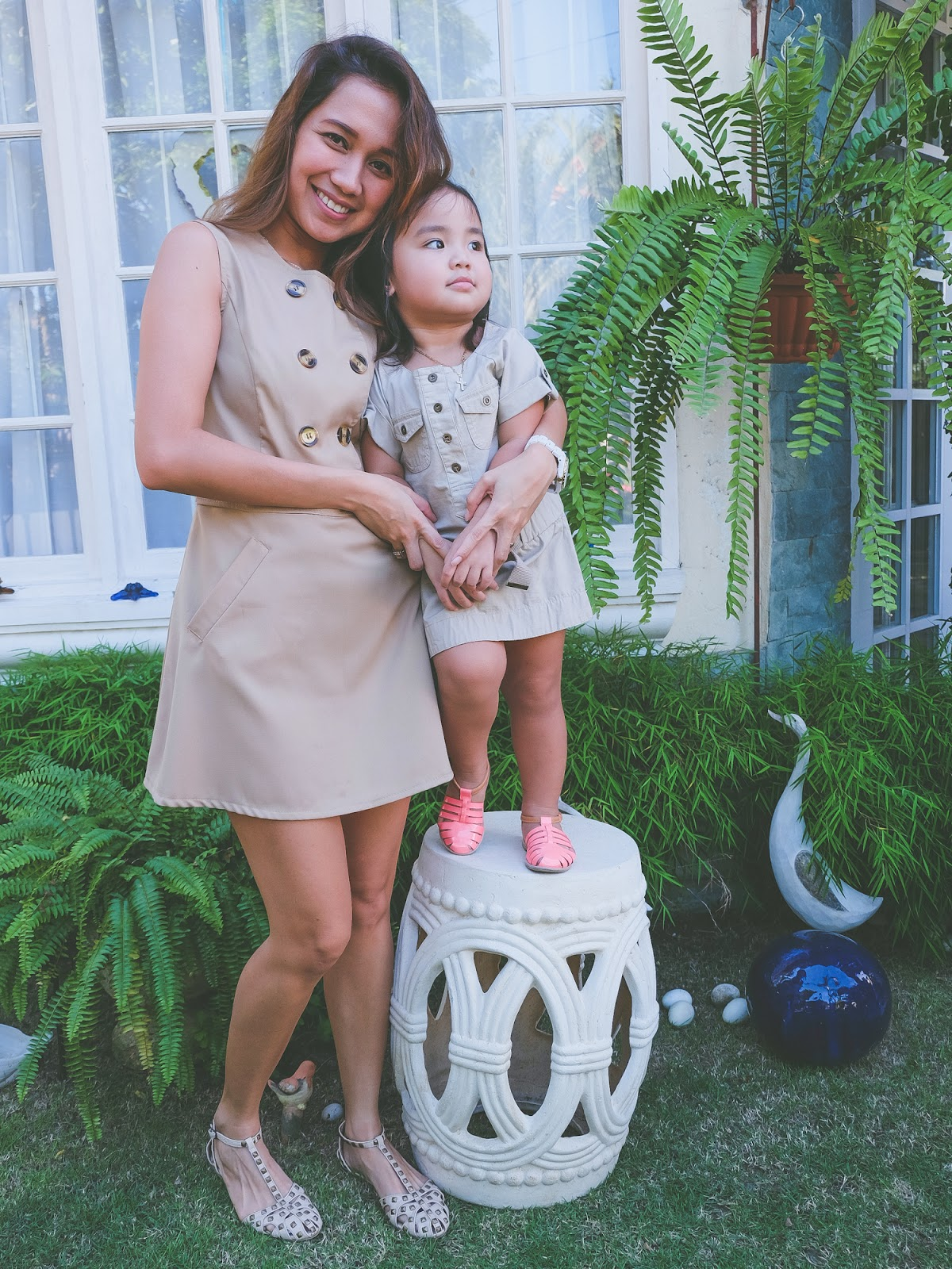 Twinning with mom, Mommy and daughter duo, matching outfits, twinning, cebu fashion bloggers, cebu bloggers, cebu mommy blogger, mommy blogs, philippine mommy blogger, mommy fashion, mommy outfits, summer outfits, cebu lifestyle blogger