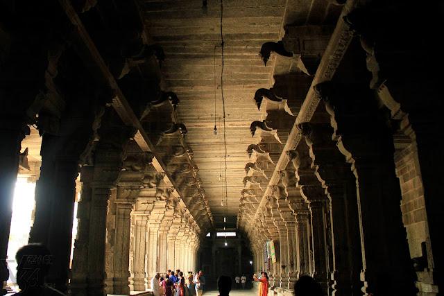 Giant monolithic stone columns of Ekambareswarar Temple