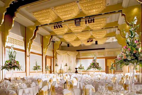 Holiday Inn Atrium Wedding Showcase Sheraton Towers Work