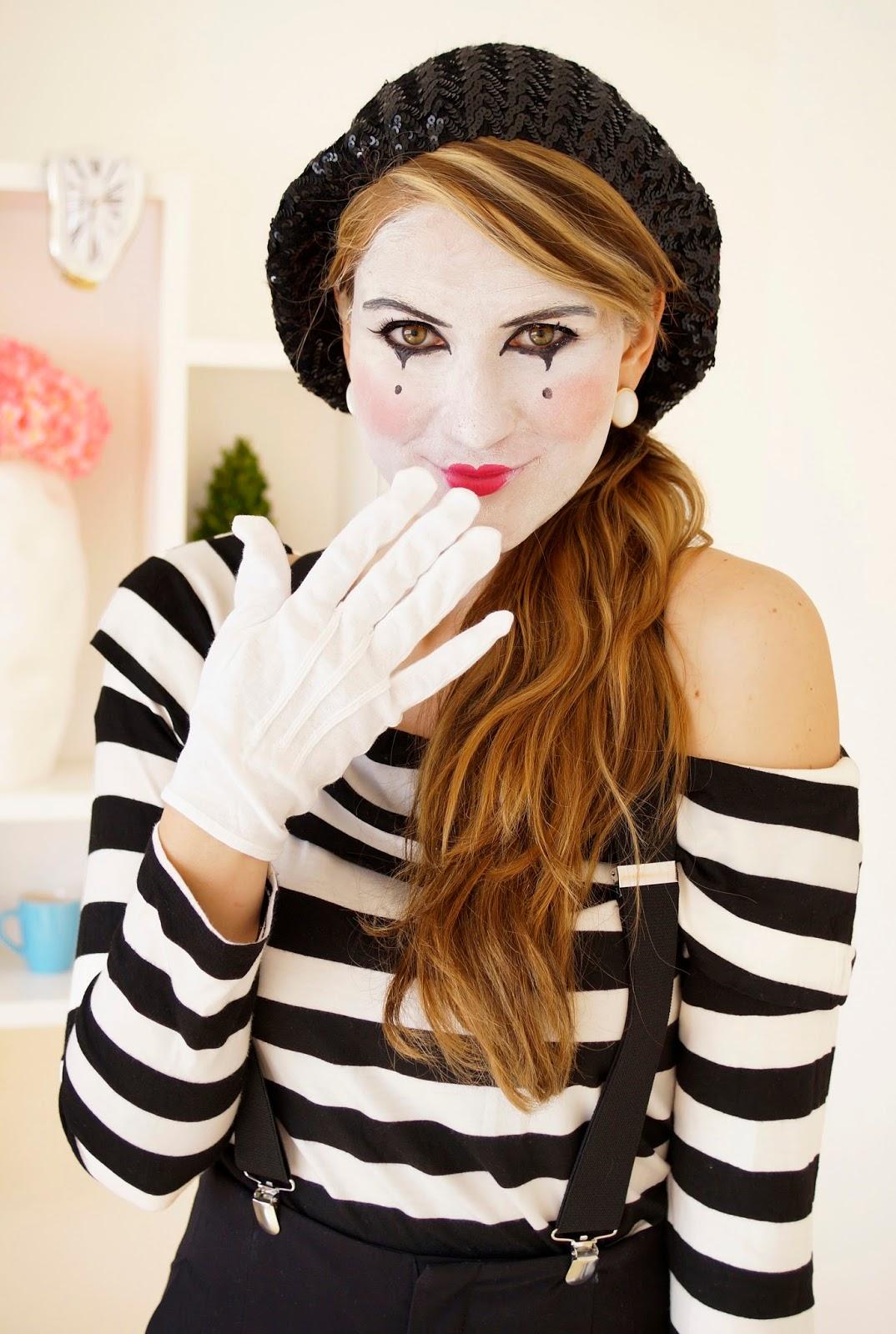 Easy Homemade Costume & The Joy of Fashion: Halloween: Last Minute Homemade Mime Costume
