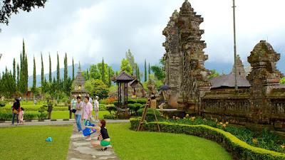 Tips dan Trik Bagaimana Travel dan Liburan Murah ke Bali Bagi Pemula