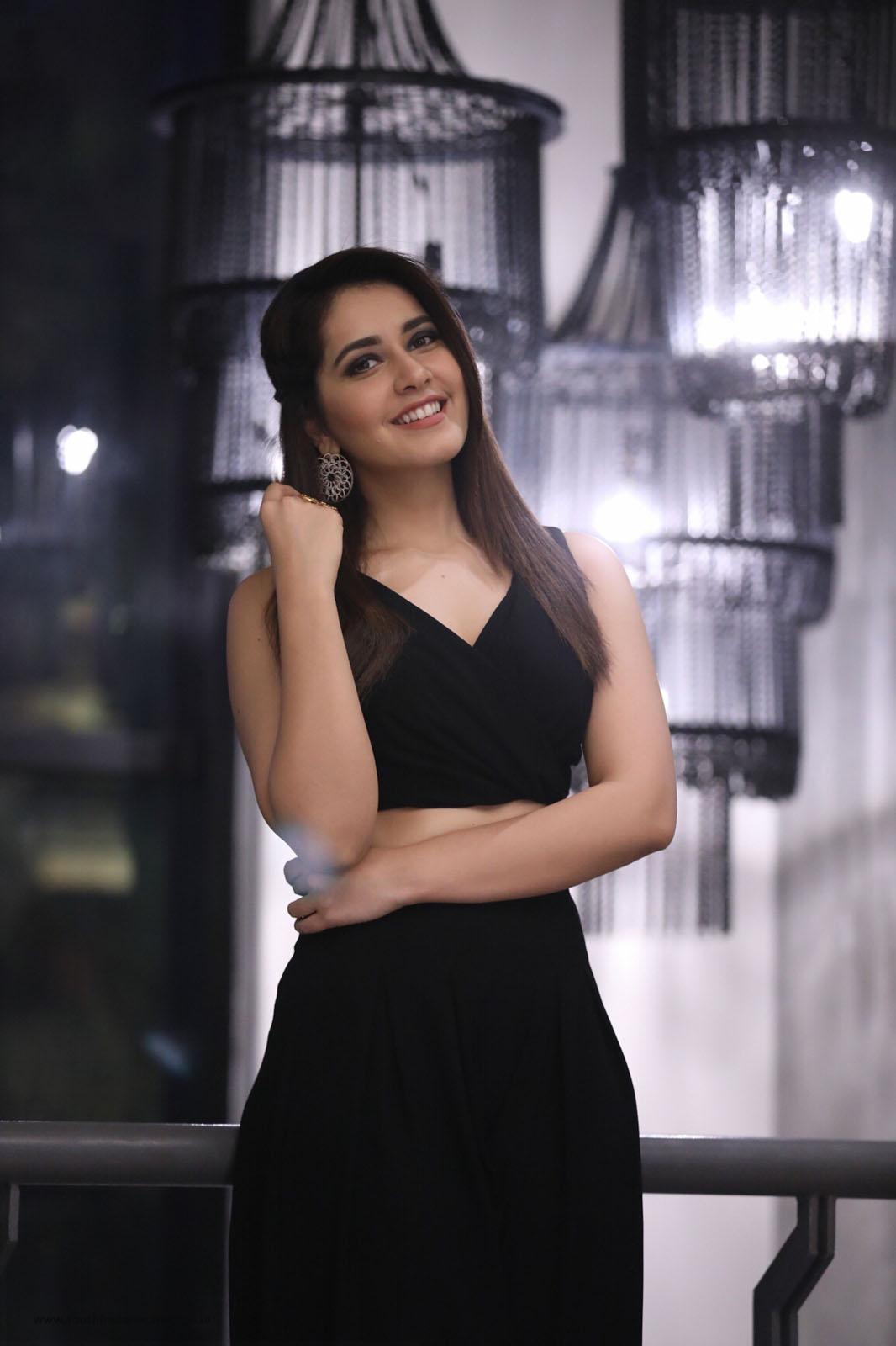 Dolly Khanna Latest Portfolio 2018 (Updated November 2018)