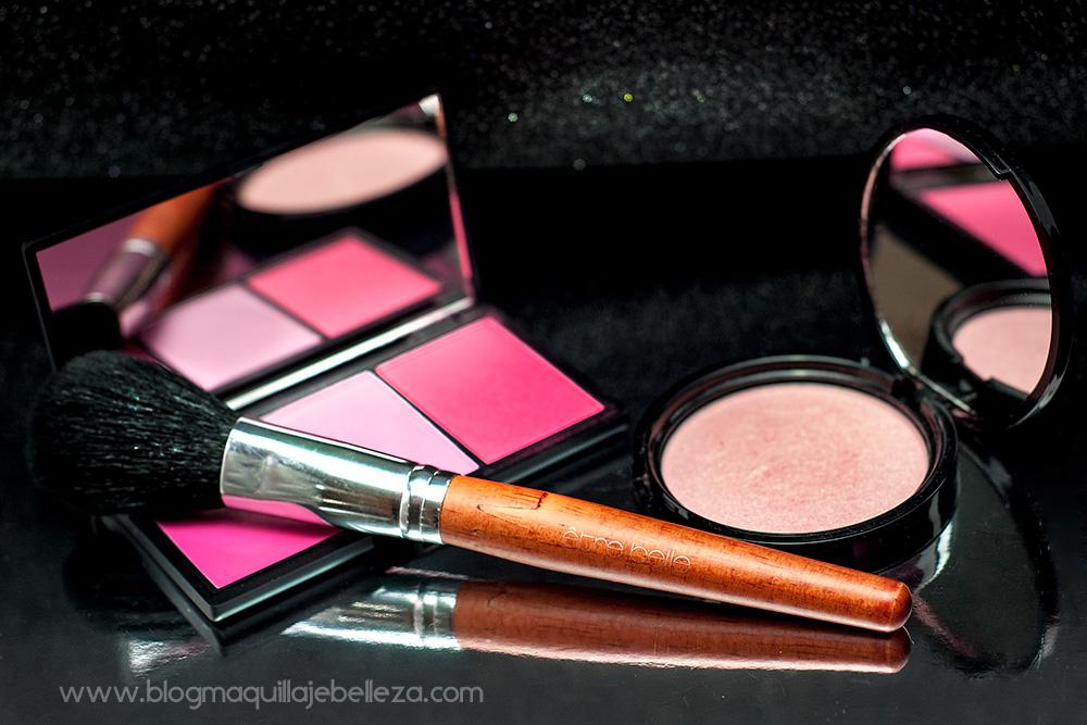 Brocha de maquillaje profesional para productos en polvo   être belle