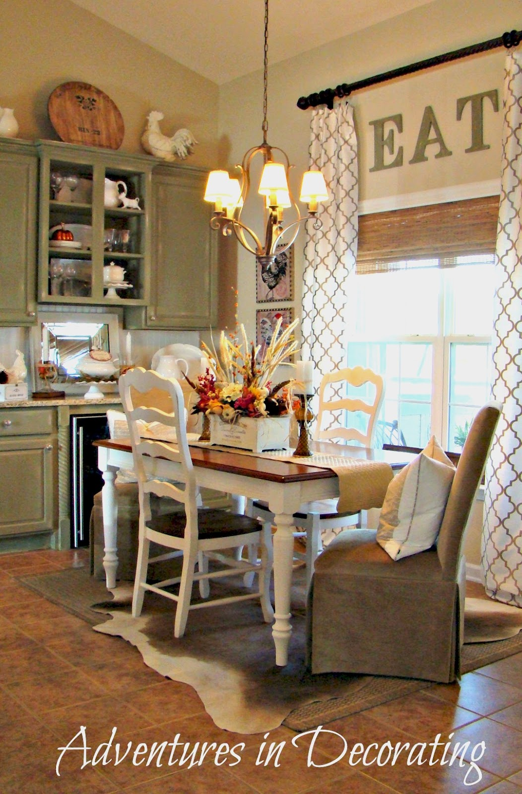 Adventures In Decorating Our Fall Kitchen: Adventures In Decorating: Breakfast Area Gets A New Look