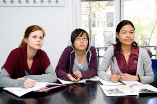 Aprender-Ingles-Frances-Canada-Cursos-Idioma-Academia-Toronto-Vancouver-Quebec