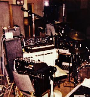 Ragnarok in Auckland's 1ZM studio, 1976
