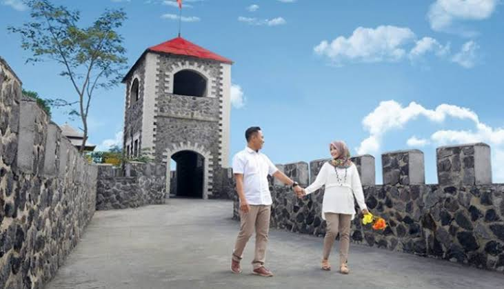 Wisata Hits Jogja The Lost World Castle Topwisata