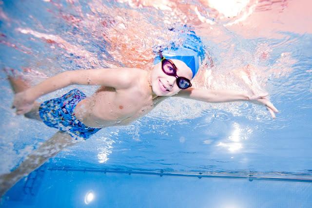 11 Manfaat  dari Aktivitas Renang, Berenang Yuk!