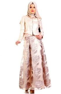 Model kebaya brokat modern yang fashionable