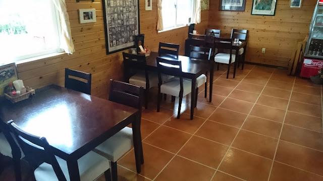 カフェゆーゆーらーさんの店内の写真
