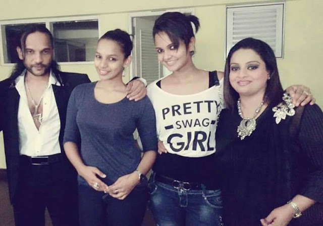 Gossip Chat With Amaya Adikari