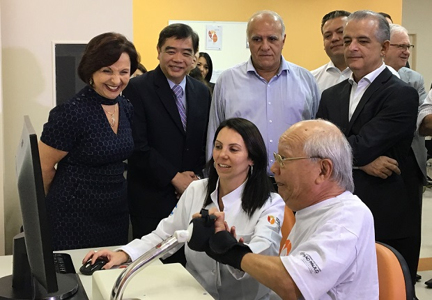 Rede Lucy Montoro recebe equipamento de robótica