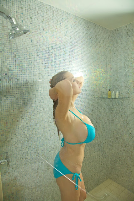 Jordan-Carver-shower-non-nude-picture-9