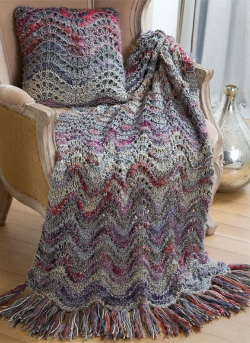 Elegant Lapghan & Pillow - Free Pattern