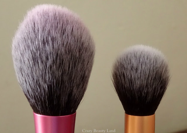 Real Techniques by Sam n Nic Chapman Blush Brush Review Prices Comparison to Contour brush
