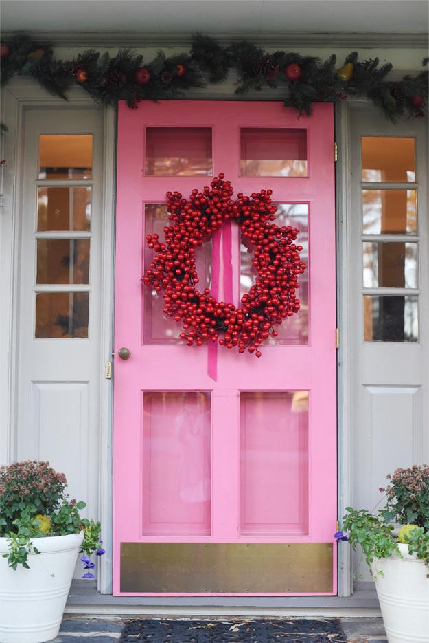 Pink Door Holiday House Tour | JULIA RYAN