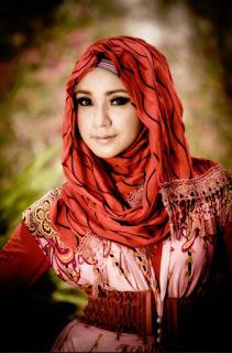 Gaya Hijab Modern Pesta