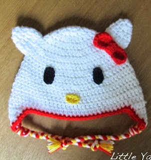 http://translate.google.es/translate?hl=es&sl=en&tl=es&u=http%3A%2F%2Flittleyarnfriends.com%2Fpost%2F87701656221%2Fcrochet-pattern-hello-kitty-toddler-beanie