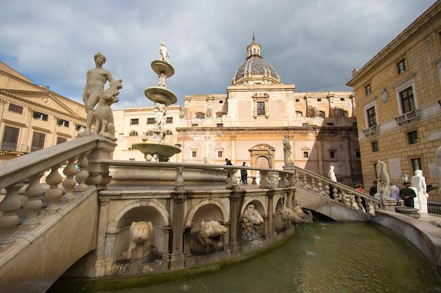 Fontana pretoria-Palermo