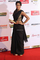 Sindhu looks fabulous in Black Saree designer choli at Mirchi Music Awards South 2017 ~  Exclusive Celebrities Galleries 057.JPG
