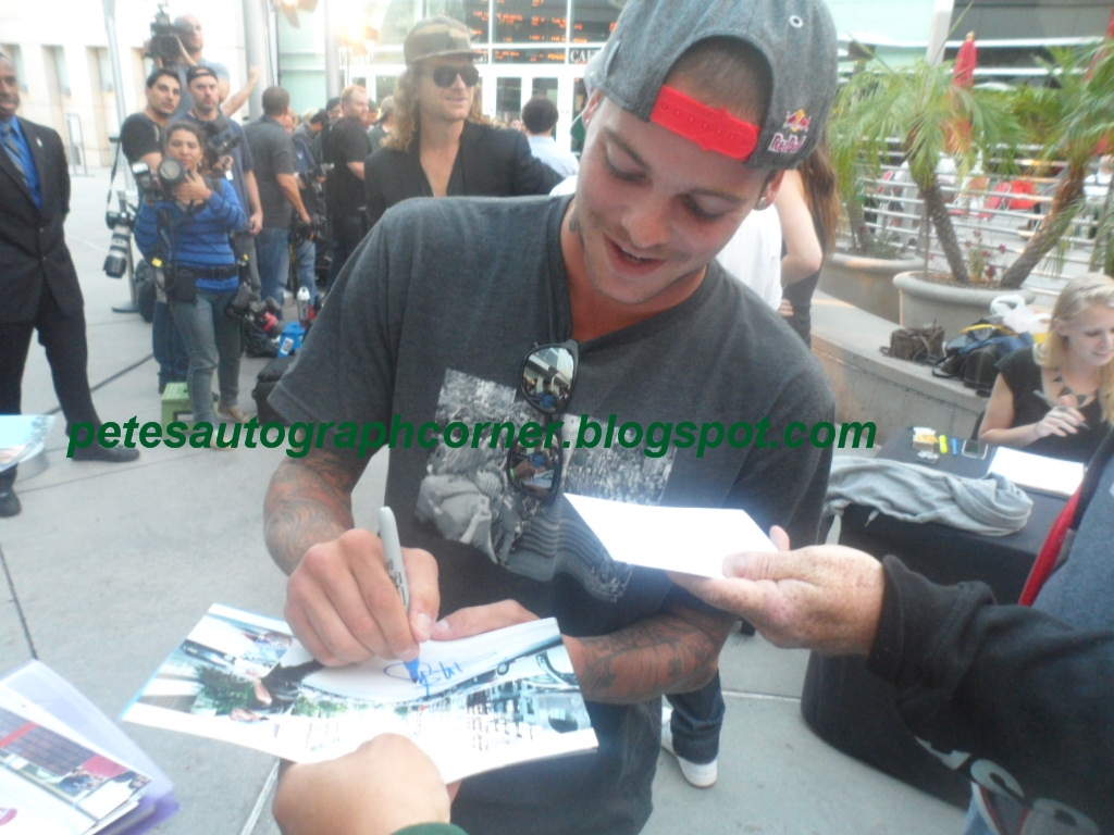 Petes Autograph Corner Rob Dyrdek Ryan Sheckler And Nyjah Huston