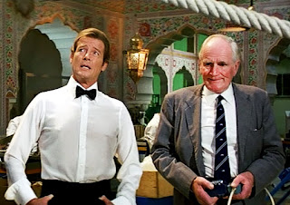 Roger Moore and Desmond Llewellyn in Octopussy
