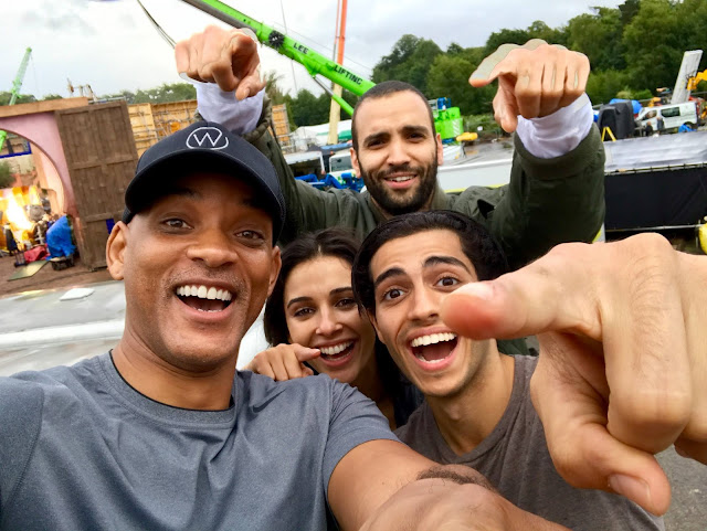 Live Action Aladdin Selfie