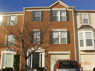 New Rental Listing in South Riding ‪#‎realestate‬#property#rent#southriding#loudoun @longandfoster  42994 CENTER ST, CHANTILLY, VA 20152 List Price: $2000 Kim Kroner Long & Foster Rental