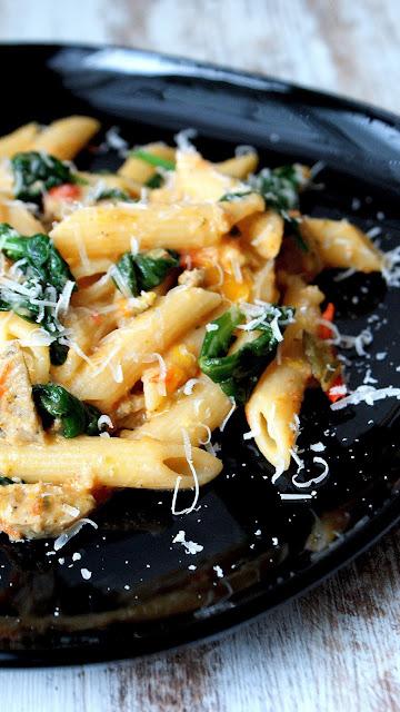 pasta degli avanzi,non waste,cucina senza sprechi,penne,cucina italiana,wloska kuchnia,prosty obiad po włosku,danie z resztek,jak wykorzystać resztki,z kuchni do kuchni,najlepszy blog kulinarny,makaron ze szpinakiem