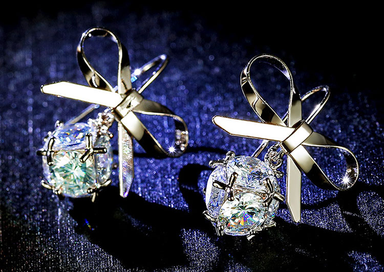 燦爛蝴蝶結鋯石耳環