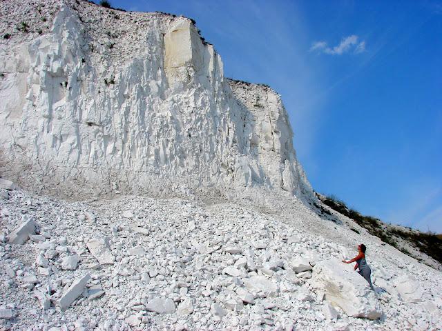 Меловой карьер возле села Каменка Двуречанского района