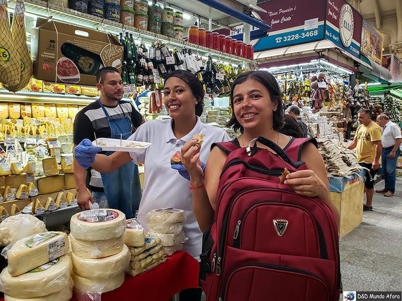 Provando queijos no Mercado Municipal de de São Paulo: o que fazer