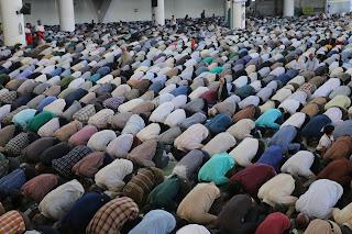 Sunnah yang Dilalaikan jamaah sholat masbuk