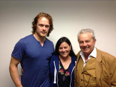 Diana Gabaldon con Sam Heughan y Frazer Hines
